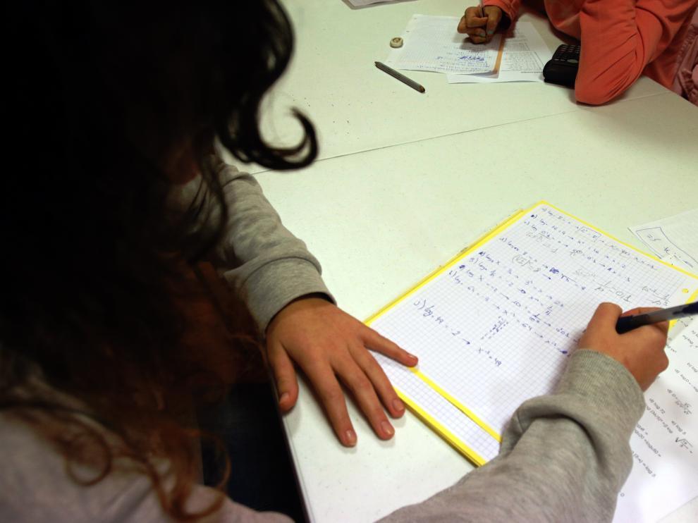 Los deberes dividen a los padres, tras la convocatoria de una huelga de tareas para noviembre.