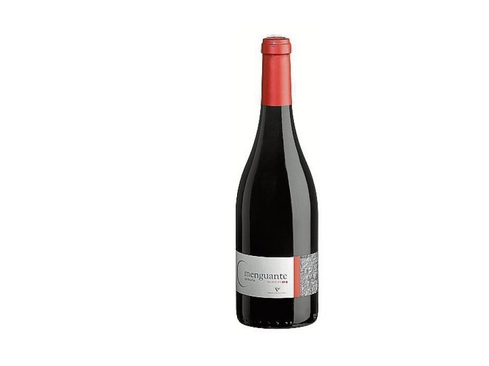 Este vino combina perfectamente con platos de carnes de cerdo, vaca y cordero.