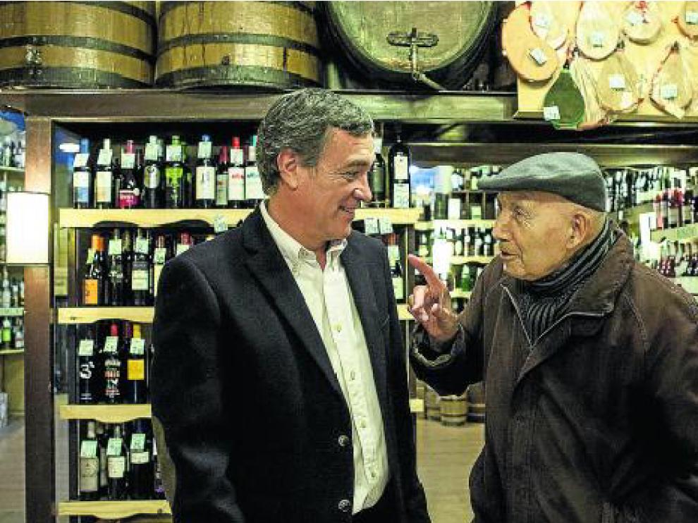 Juan Carlos y Ramón en Casa Perdiguer, en el número 39 de la calle de San Pablo