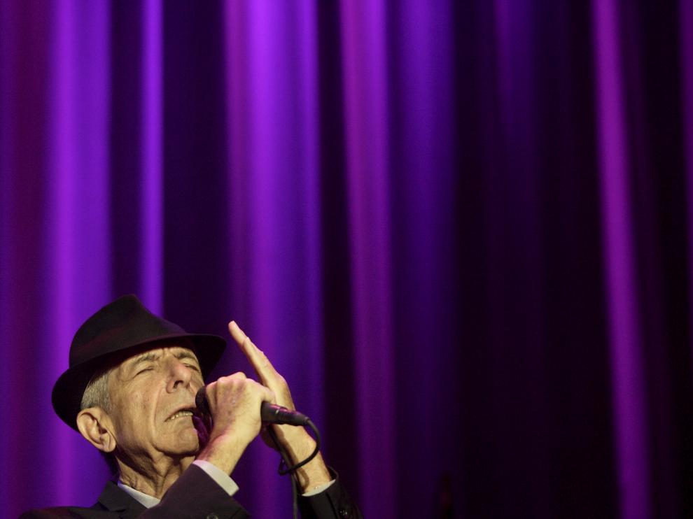 Tres veces cantó Leonard Cohen en Aragón. La última ocasión tuvo lugar en octubre de 2009, en el pabellón Príncipe Felipe de Zaragoza