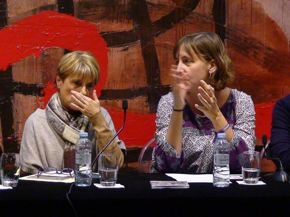 Reyes Barrachina, responsable de la oficina del PICH; Teresa Artigas, concejala delegada del PICH y Chema Peralta, director de la Escuela Municipal de Música, en la presentación del cedé y el concierto.