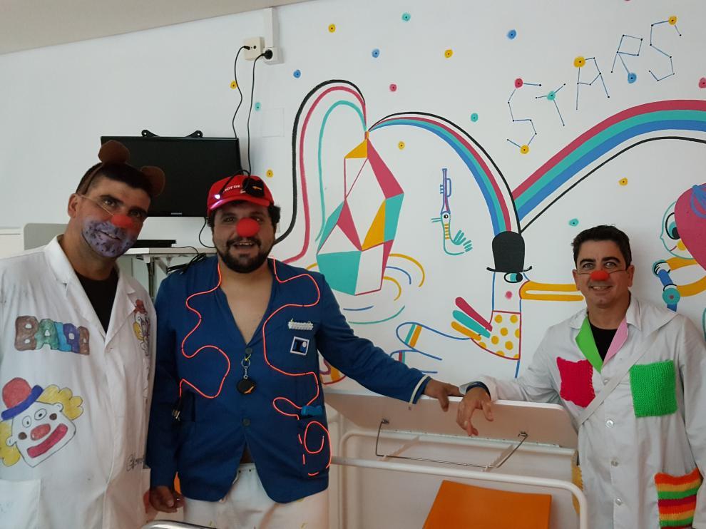 Voluntarios de la asociación, en el Hospital Infantil