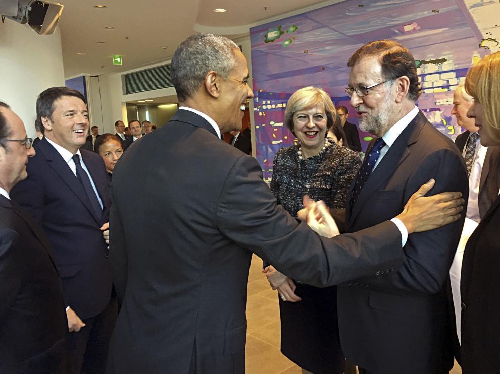 Mariano Rajoy junto a Barack Obama en Berlín
