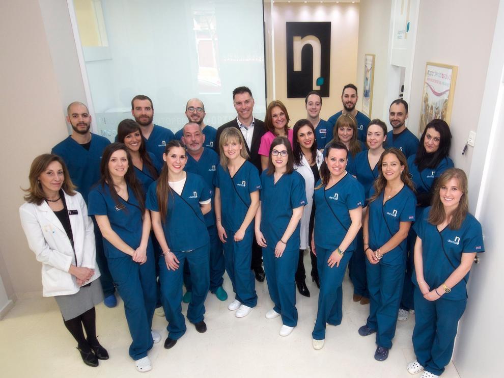 El equipo de Policlínicas Nacar adquiere un compromiso de responsabilidad social con sus pacientes.