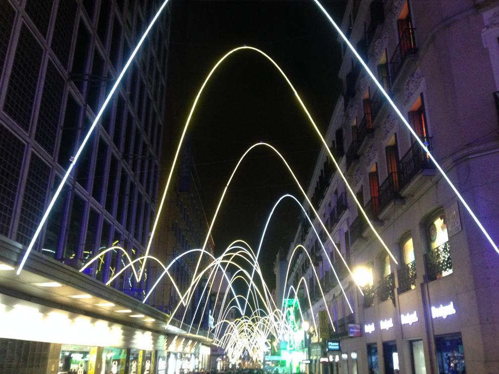 Iluminación navideña con brillo aragonés en las calles de Madrid