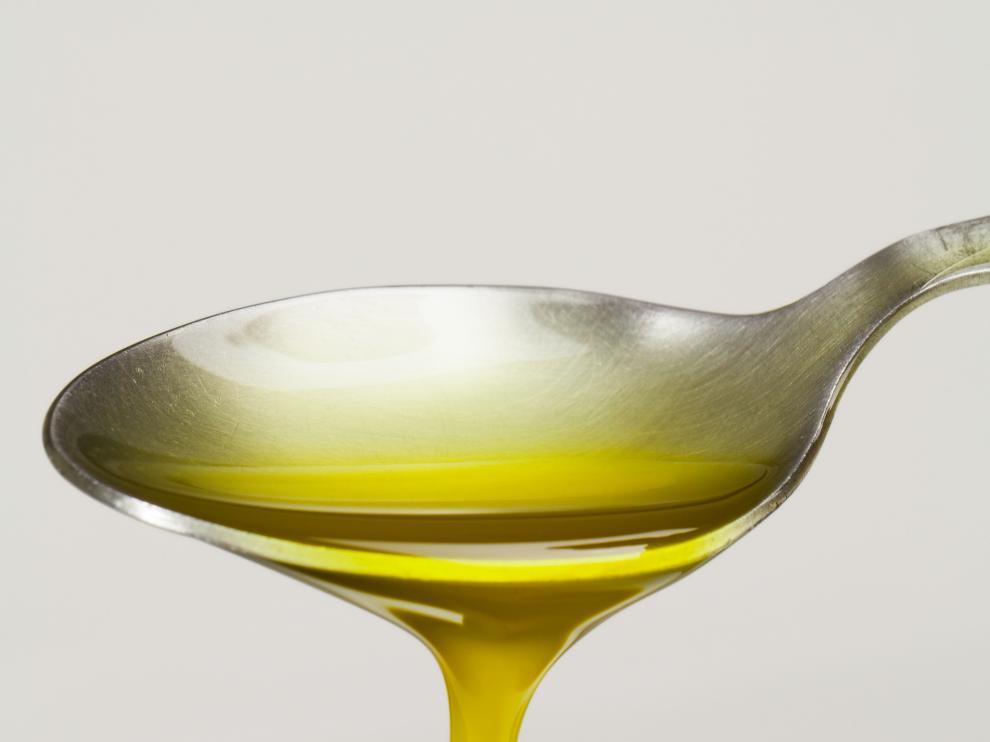 Una cucharada de aceite de oliva.