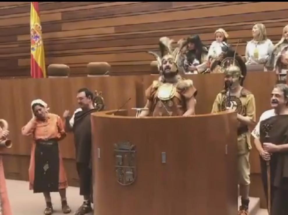 Los numantinos han improvisado en las Cortes un discurso de leyenda