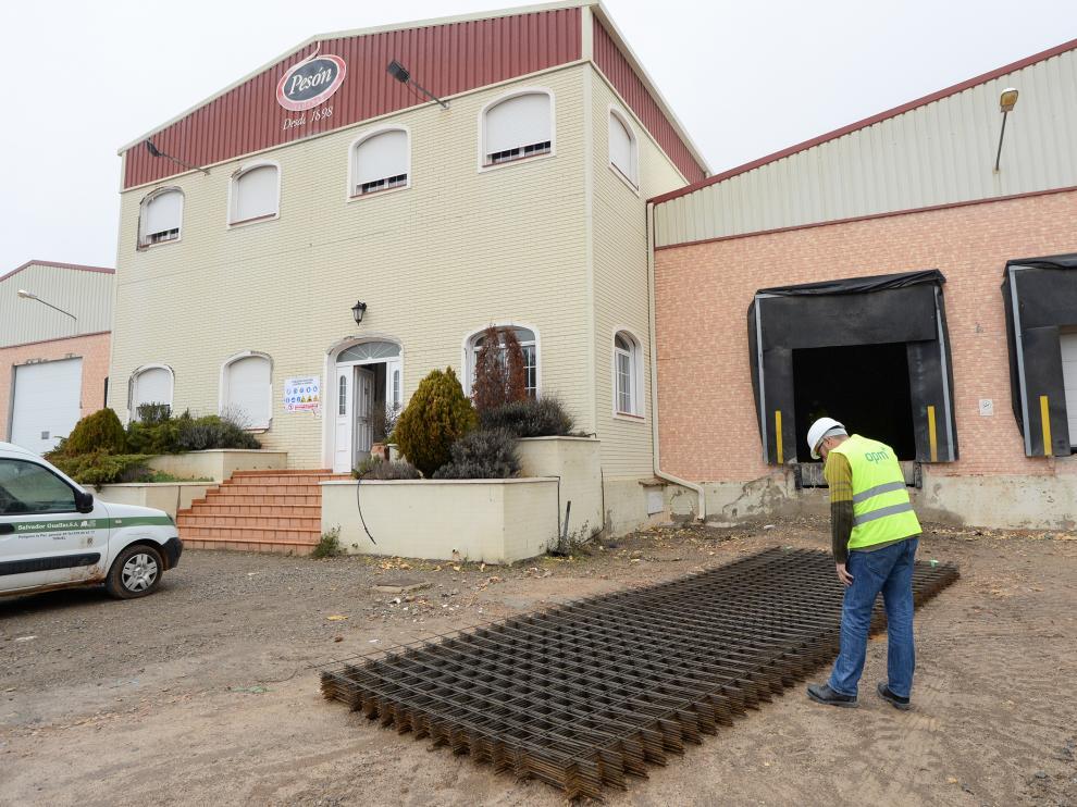 El antiguo secadero, en obras para acondicionar la fábrica de huevos fritos congelados