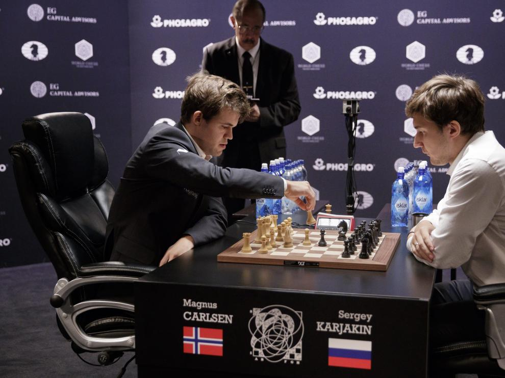 Desempate entre Carlsen y Karjakin.