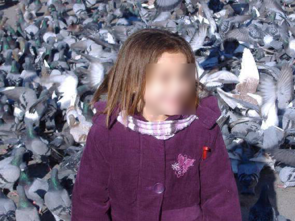 La pequeña Nadia en una foto de archivo.