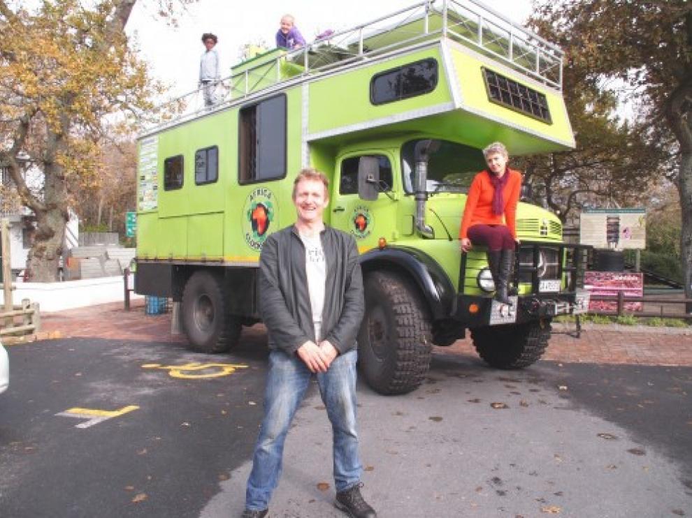 Los Sampson viajarán desde Málaga a Ciudad del Cabo en una caravana impulsada por aceite de cocina.