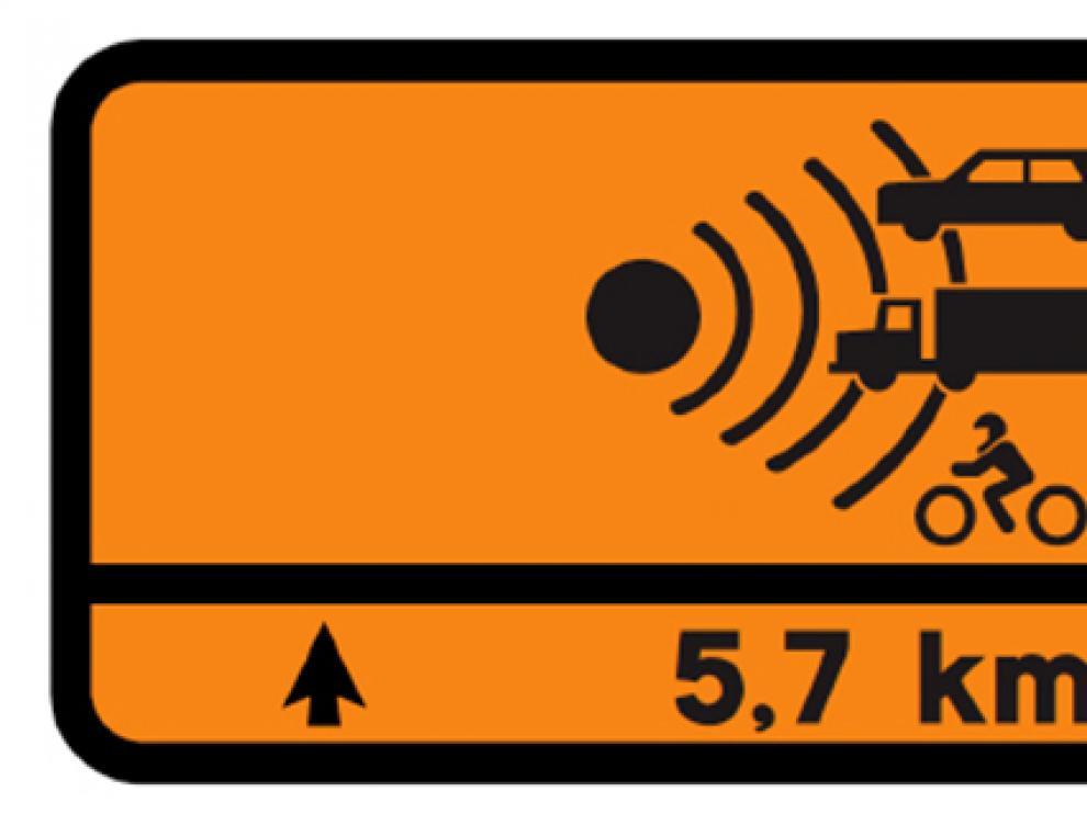 Nueva señal de tráfico, que se instalará en 30 tramos aragoneses