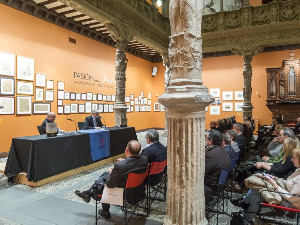 Imagen de archivo de una conferencia en el Patio de la Infanta de Ibercaja.