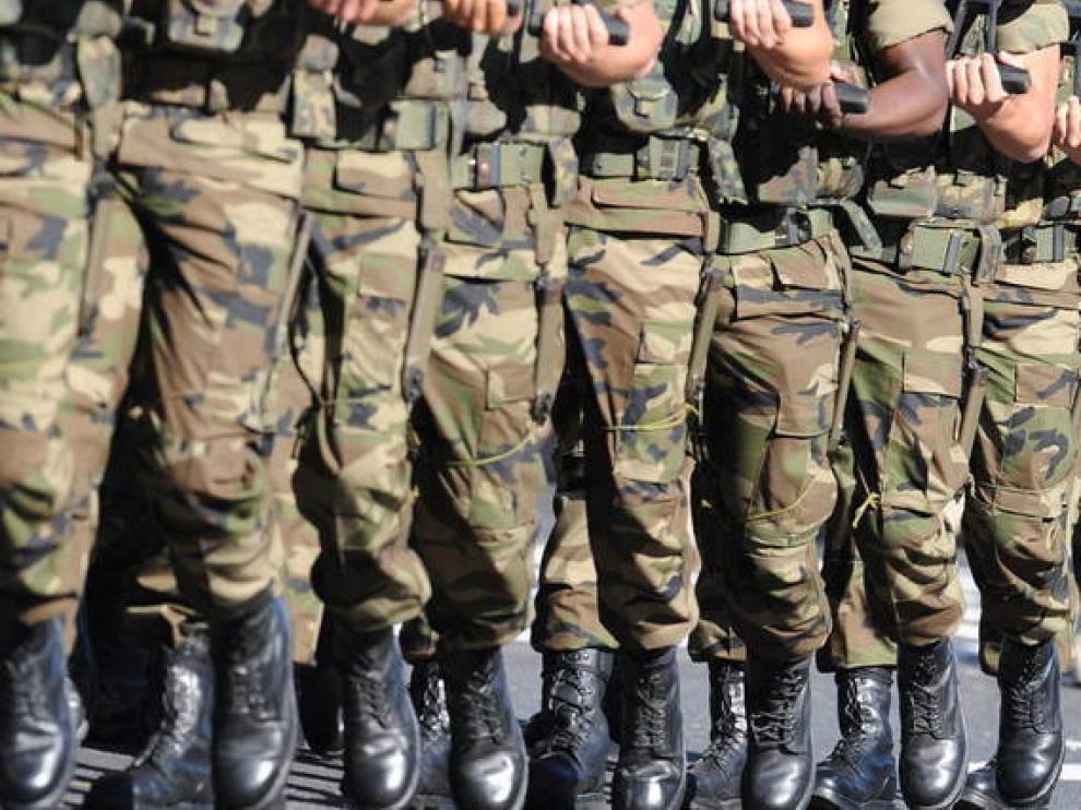 Foto de archivo de soldados.