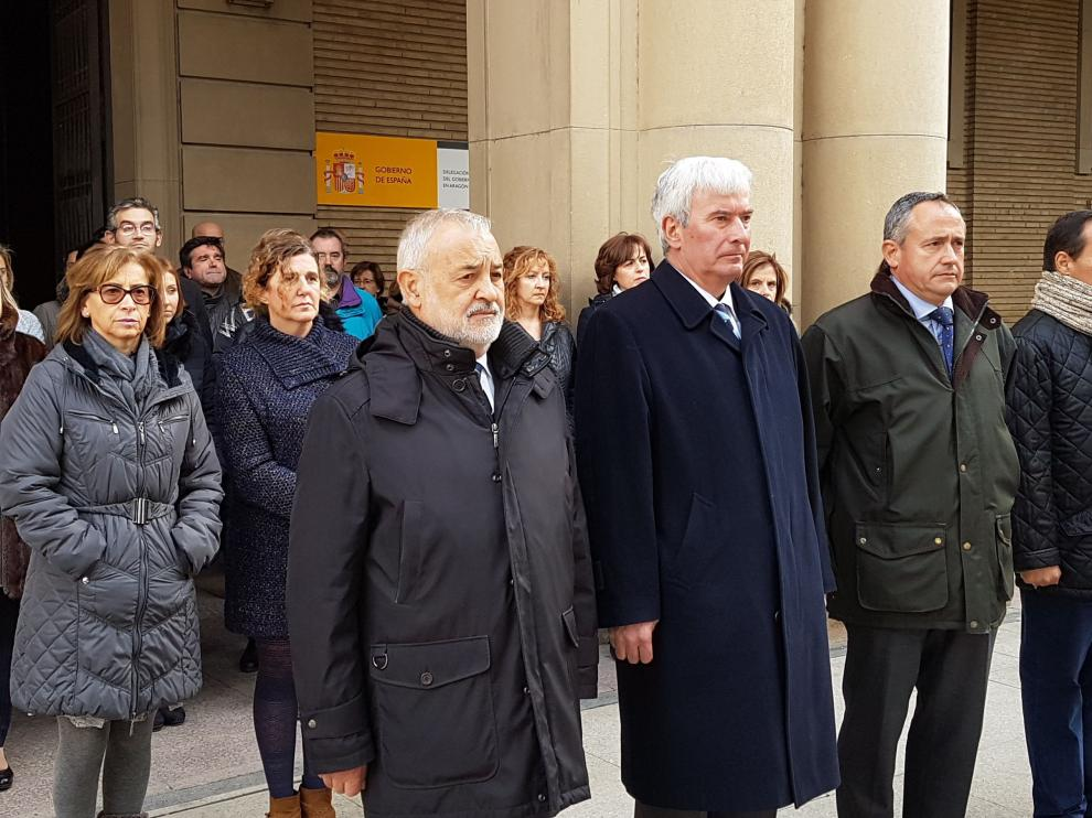 Minuto de silencio en la Delegación del Gobierno por el atentado en Berlín