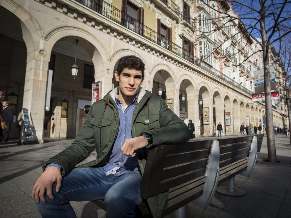 Jesús Vallejo, en la mañana de ayer, en el paseo de la Independencia.