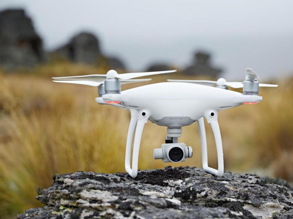 Los alumnos fotografiarán castillos aragoneses con drones.