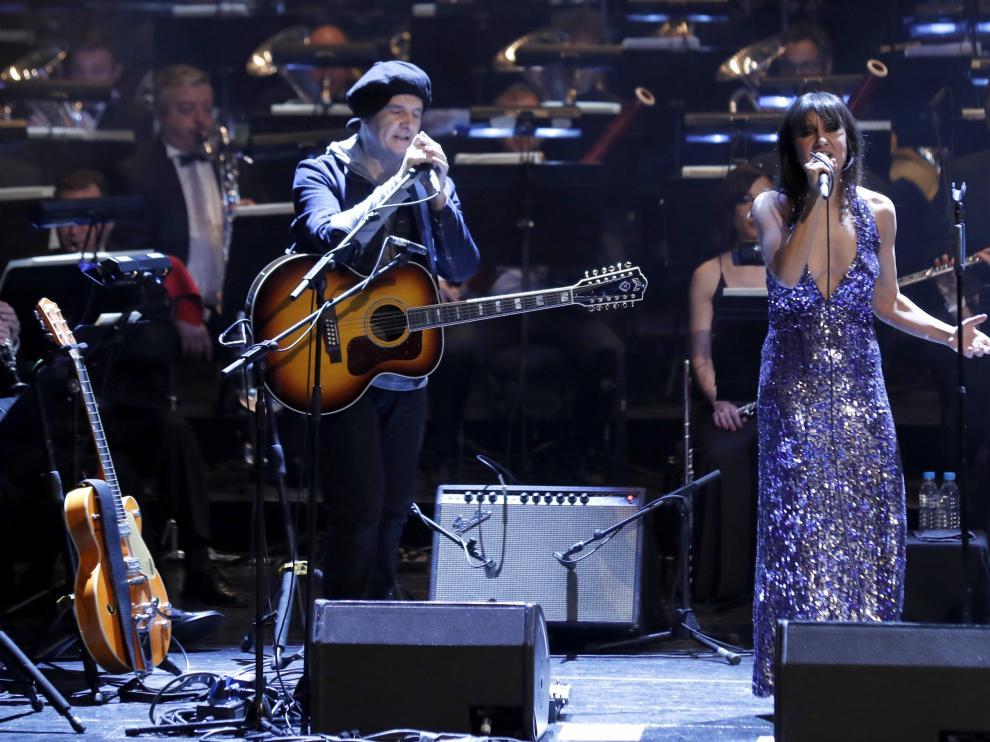 Amaral junto a la Banda Sinfónica de Madrid en el tradicional concierto benéfico de Reyes.