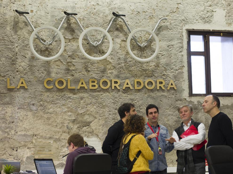 Santisteve visita la sede de Zaragoza Activa