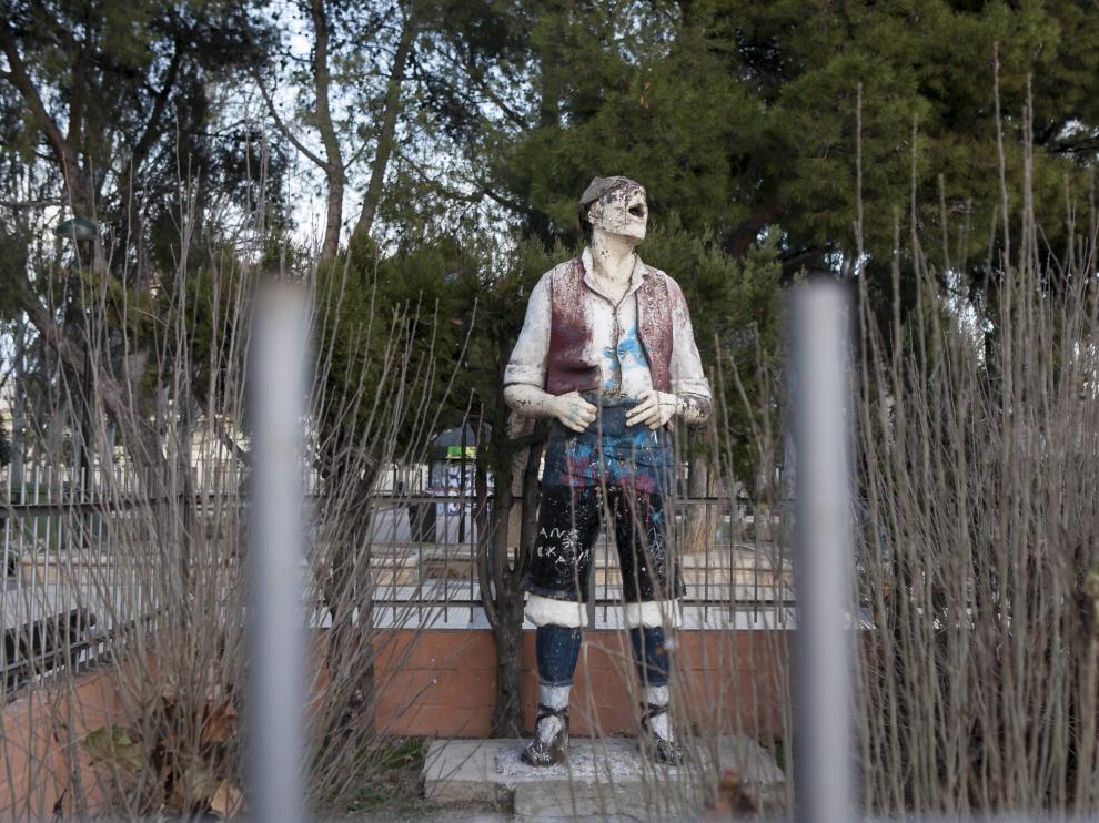Estado actual de la estatua del Royo del Rabal