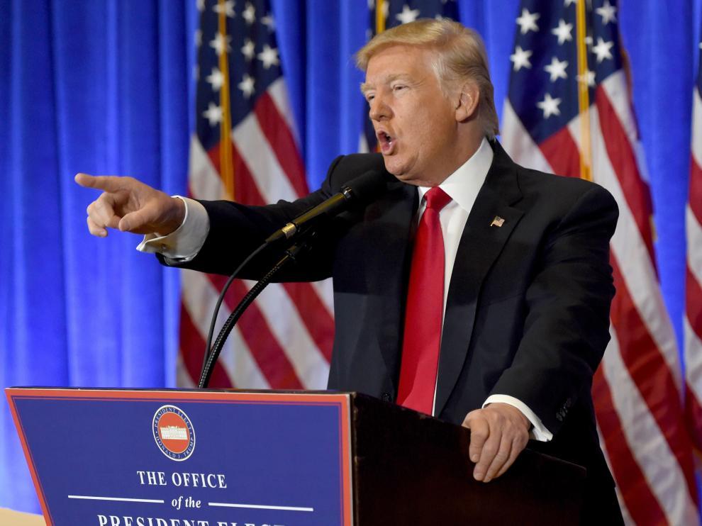 Donald Trump en su encuentro con la prensa.