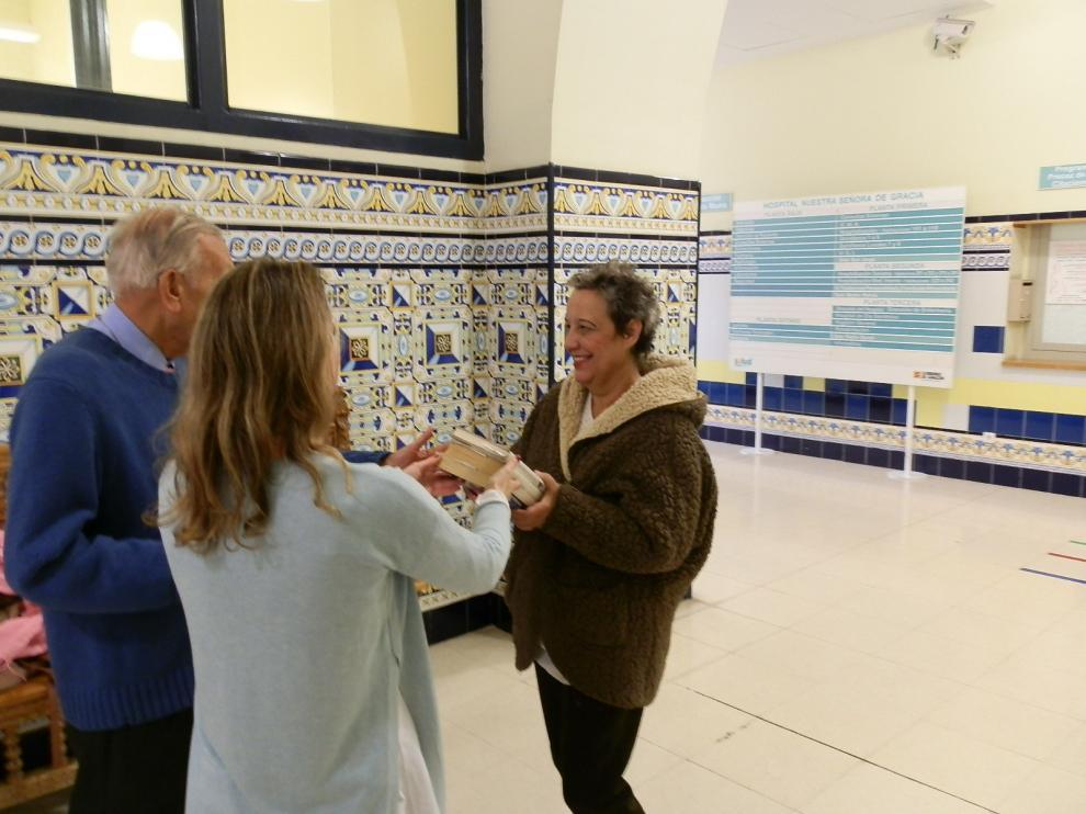 Servicio de préstamo de libros en el Hospital Provincial de Zaragoza.