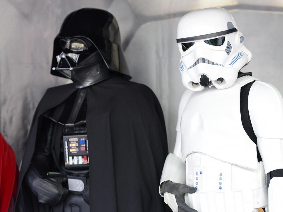 Personajes de Star Wars en una foto de archivo.