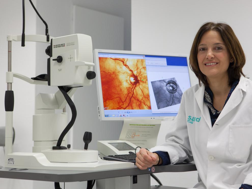 Elena García Martín, Premio Aragón Investiga 2016 a Jóvenes Investigadores