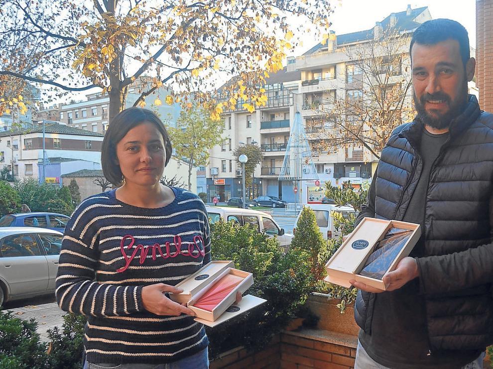 María José Oliván y Aitor Otín son los propietarios de la empresa oscense Elarte.