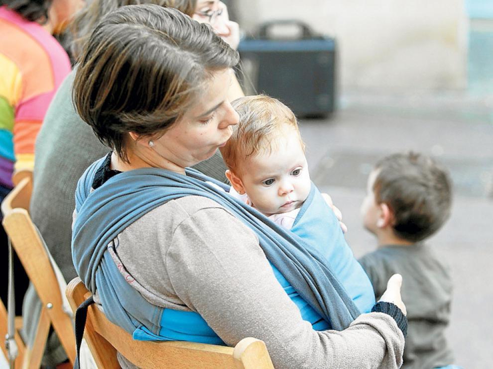 Imagen de archivo de un acto de lactancia materna de la Asociación Mimamá.