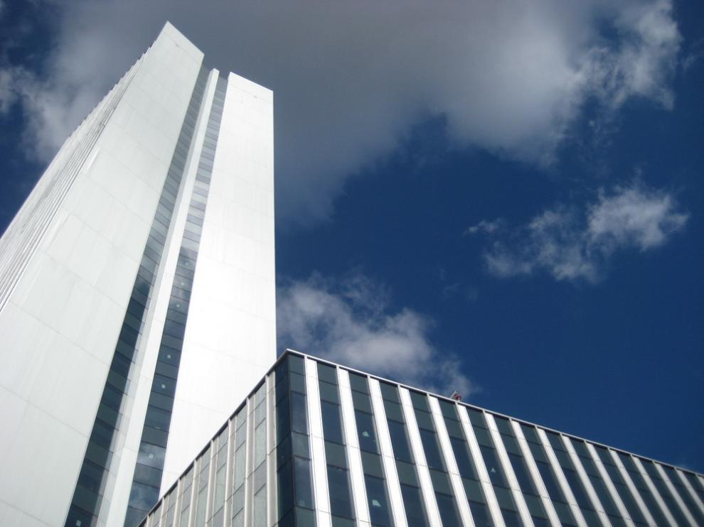 El rascacielos cuenta con 41 plantas y una superficie de 52.600 metros cuadrados.