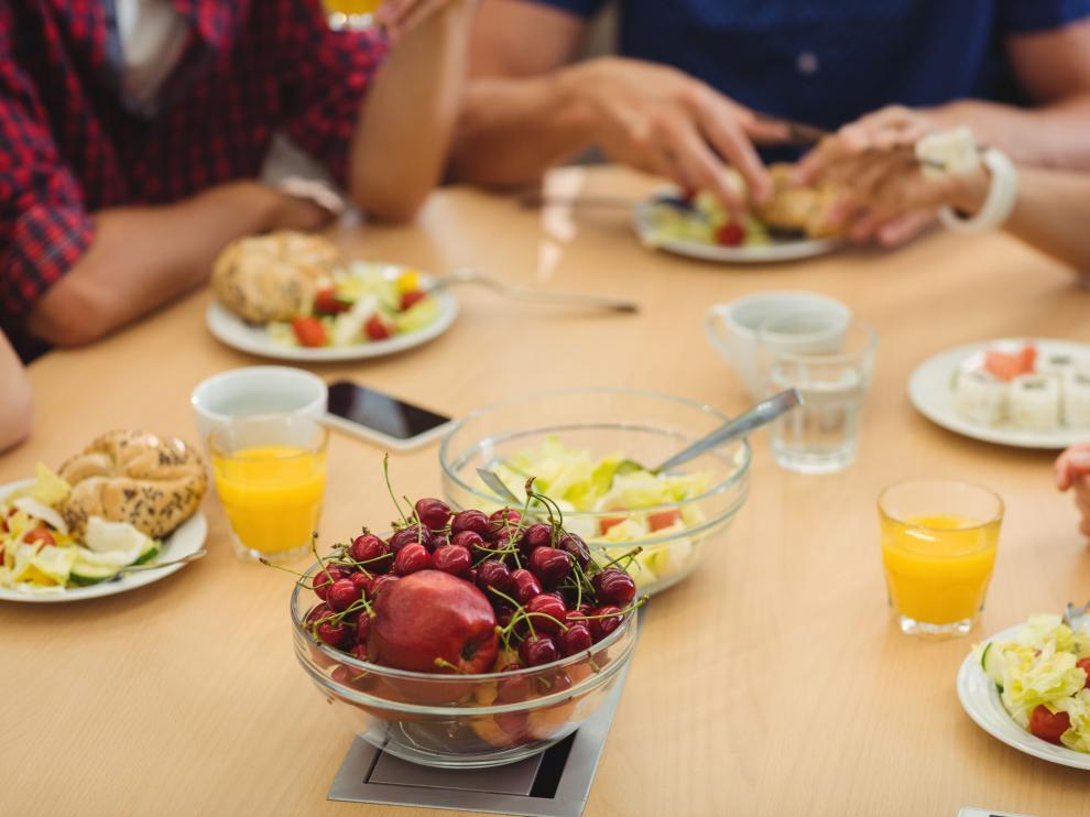 Alimentos como la fruta o la pasta pierden su sabor y textura después de congelarlos.