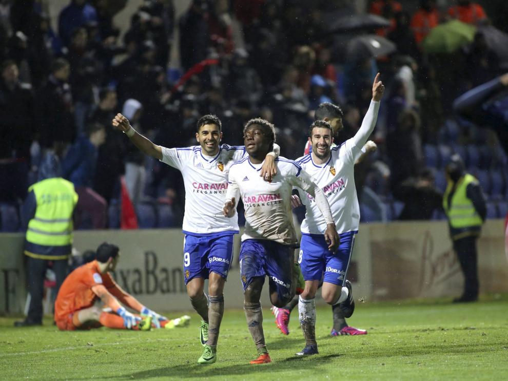 Jean Marie Dongou celebra el 1-3 en El Alcoraz.