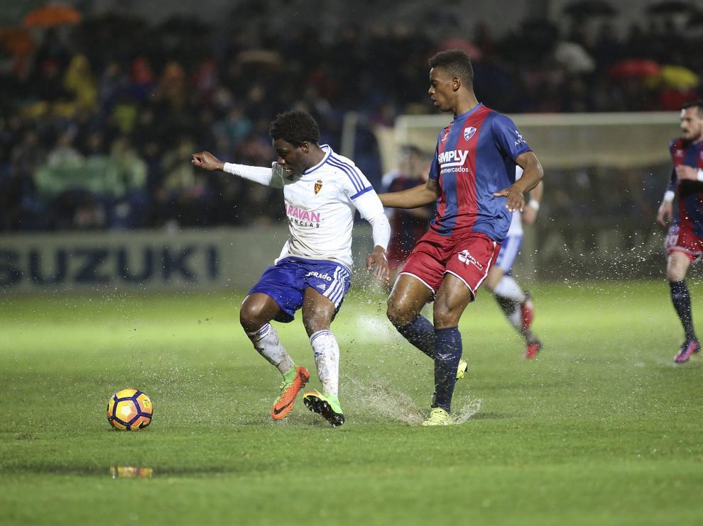 Imagen del partido entre la SD Huesca y el Real Zaragoza de la temporada pasada.