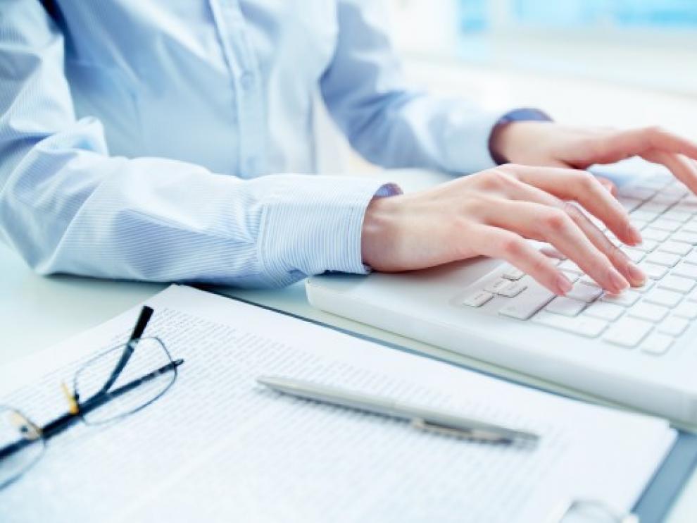 Pasará a diversificar el negocio hacia la prensa escrita, las conferencias y la formación.