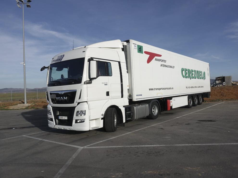 Imagen del camión en el que viajaba oculta la familia siria