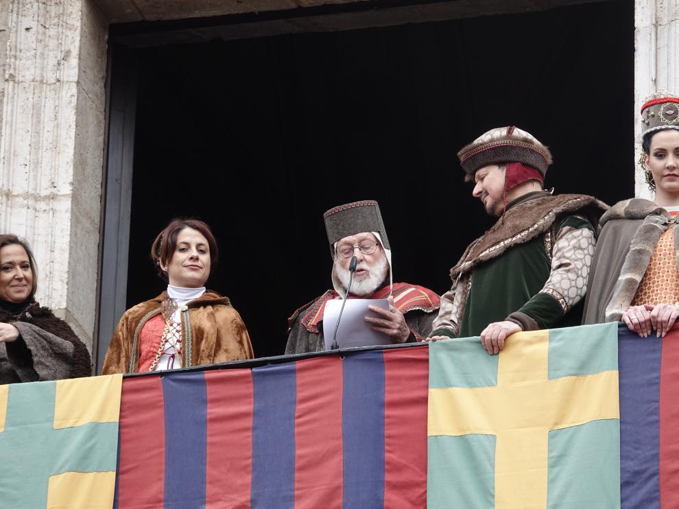 El pintor acompañado de los recién casados Isabel de Segura y Pedro de Azagra.