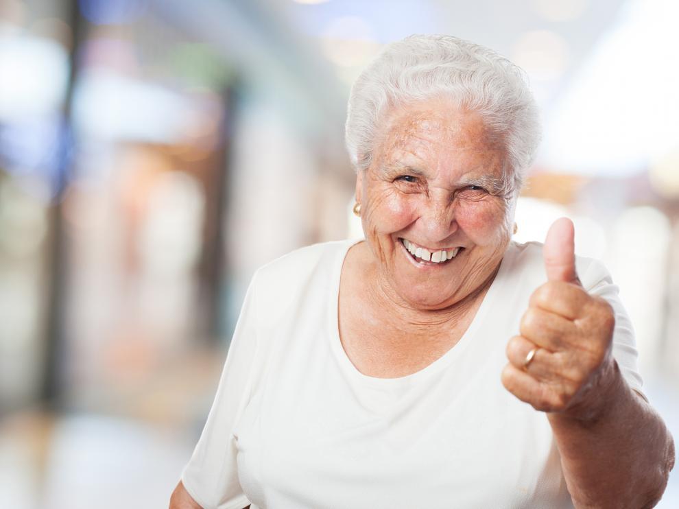 """""""Qué delgado estás"""", """"deja el móvil"""", """"abrígate"""" son algunas de las típicas frases que dicen las abuelas."""