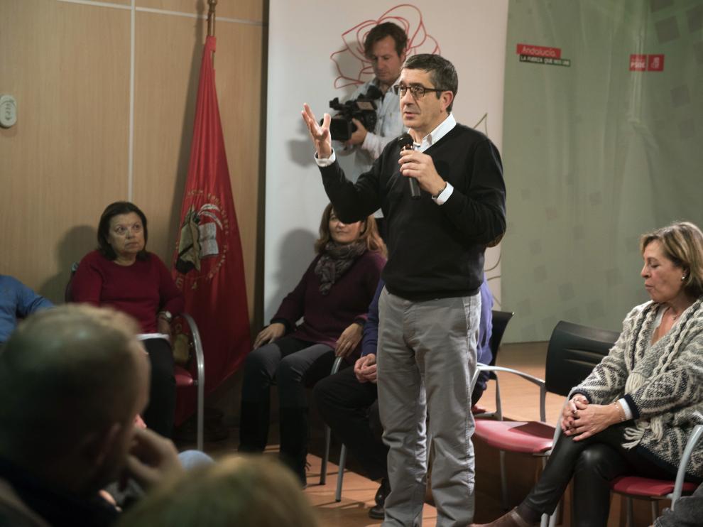 Patxi López en el acto en Granada.