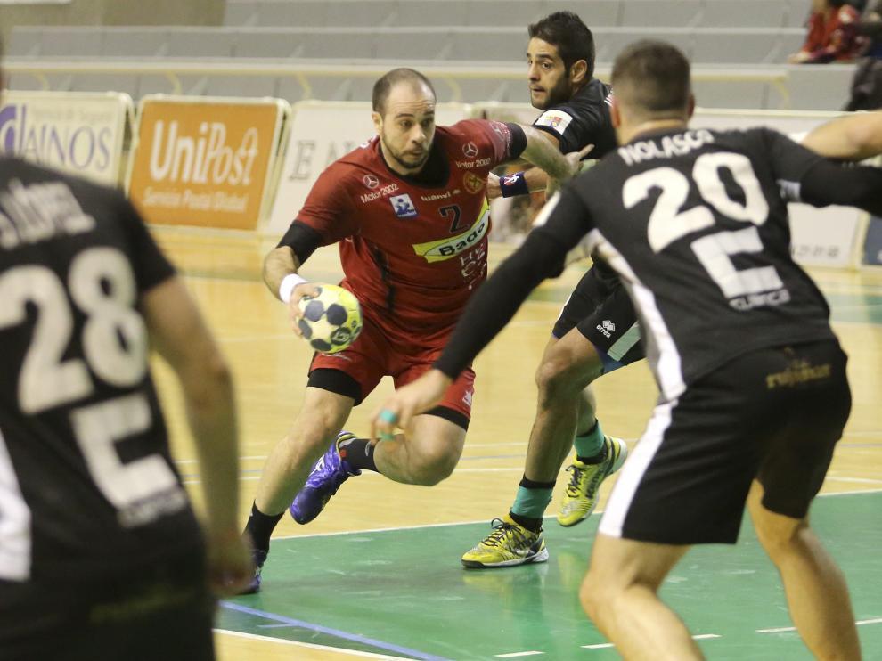 El brasileño Teixeira, pieza clave para el Bada Huesca.
