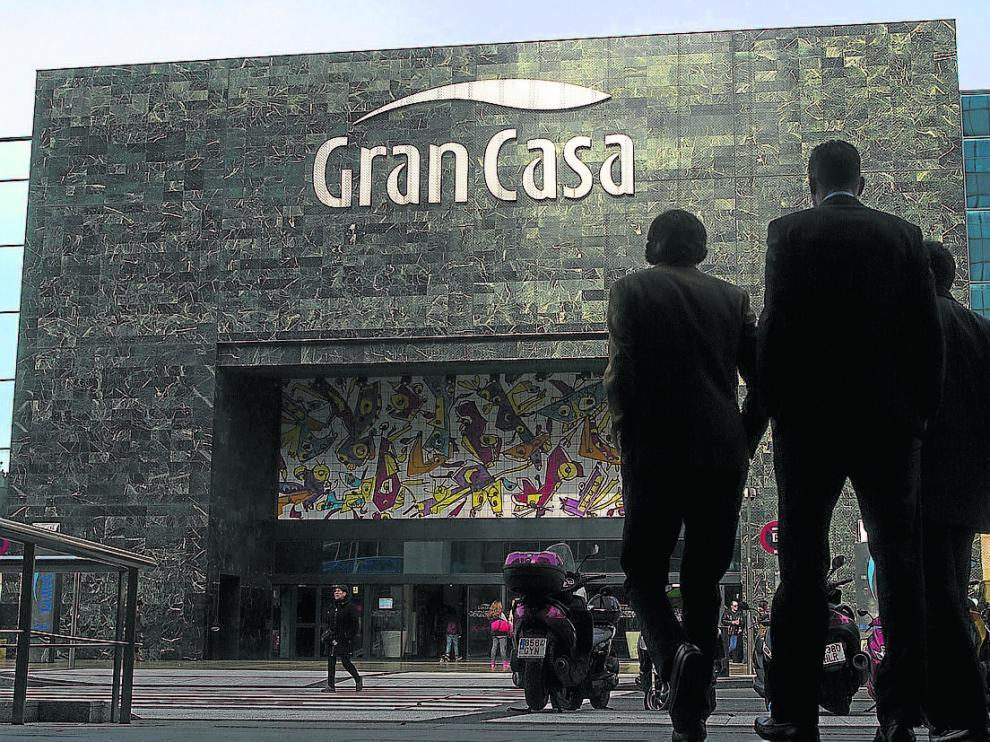 Fachada principal de Grancasa. El centro comercial contará con un gimnasio a partir del mes de mayo.