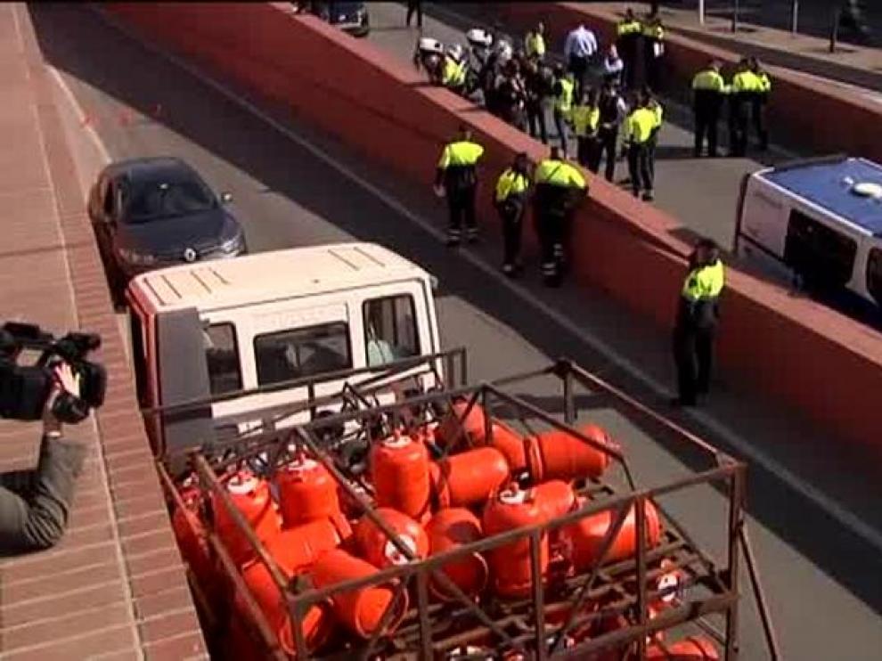 Detienen a un hombre que robó un camión cargado de bombonas de butano.