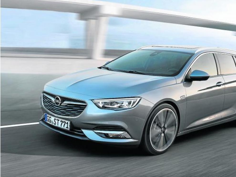 El Opel Insignia Sports Tourer presenta en su segunda generación un aspecto más ágil y estilizado.