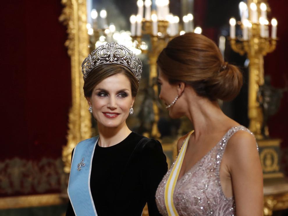 Cena de gala de los Reyes por la visita del presidente argentino y su esposa