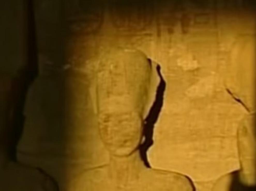 El sol ilumina el rostro de Ramses en Abu Simbel