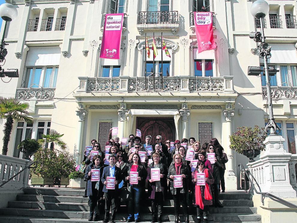 Acto reivindicativo en el Día Europeo de la Igualdad Social.