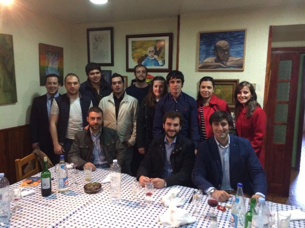 Imagen de una de las reuniones de los miembros de Taurinos Unizar.