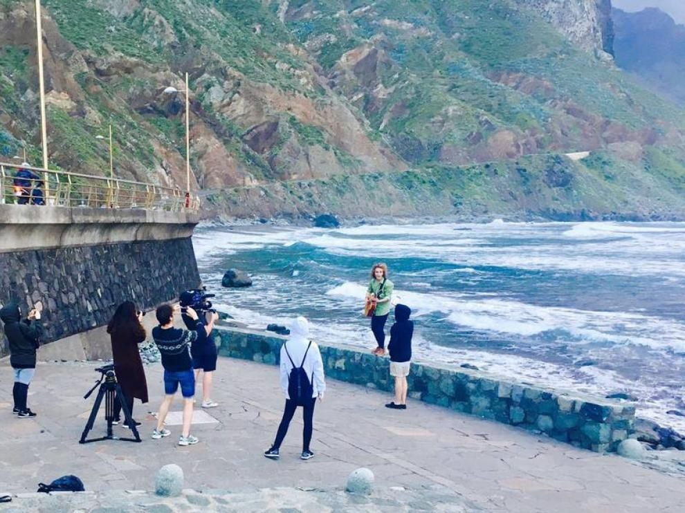 Manel Navarro graba en Tenerife el videoclip de 'Do it for your lover'.
