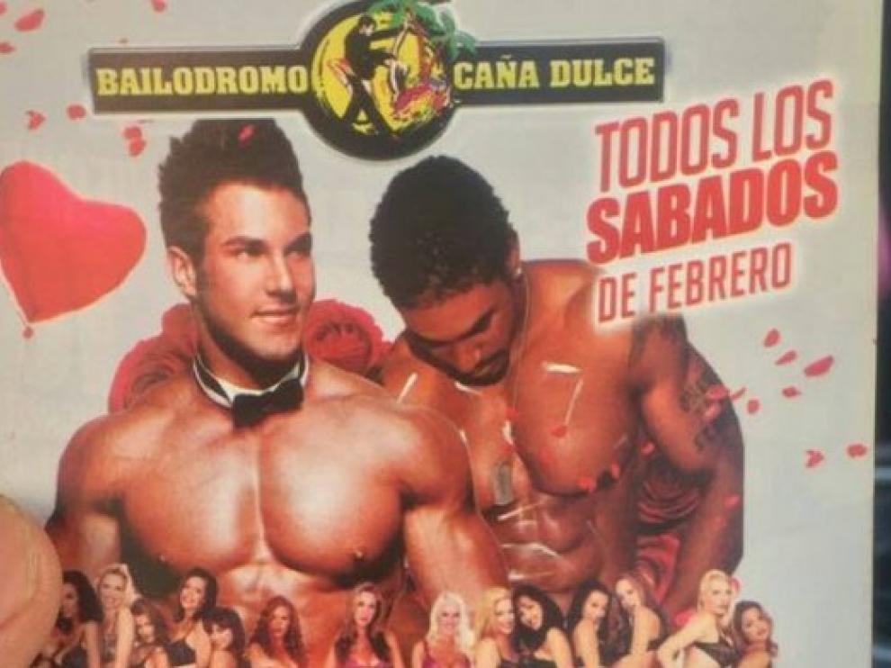 El cartel de la discoteca.