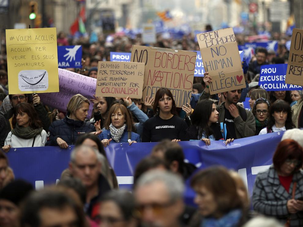 Unas 160.000 personas participaron en Barcelona en la manifestación convocada bajo el lema 'Queremos acoger'